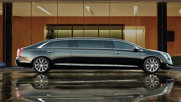 This is how Hei Yan Long's Cadillac looked alike (more or less).